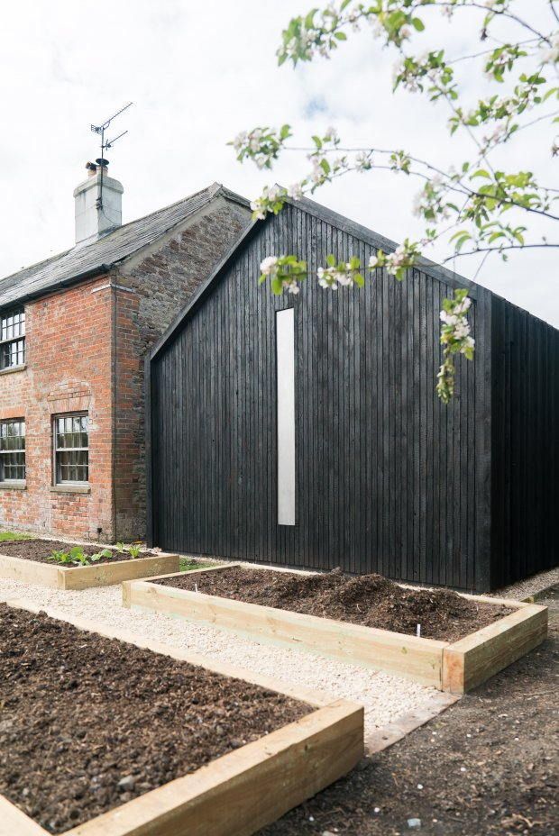 Chantry Studio Front elevation (c) YOU&ME Architecture
